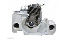 Polomotor Stihl MS 390 039 + kľuková skriňa - UŠETRÍTE 27 eur